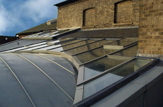 Lean to pitched rooflight
